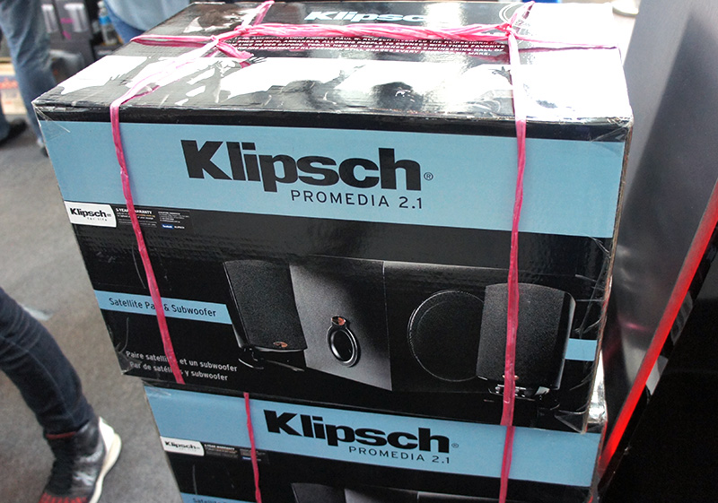 The Klipsch Promedia 2.1 speakers are popular for good reason - they offer outstanding audio quality. They are available at Comex for $314 (U.P.: $349). If you purchase other Klipsch headphones, you can have the Promedia at a special price of $299.