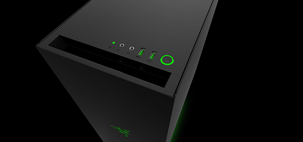The power button features a green LED backlight, and the USB 3.0 ports have been colored green. (Image Source: Razer)