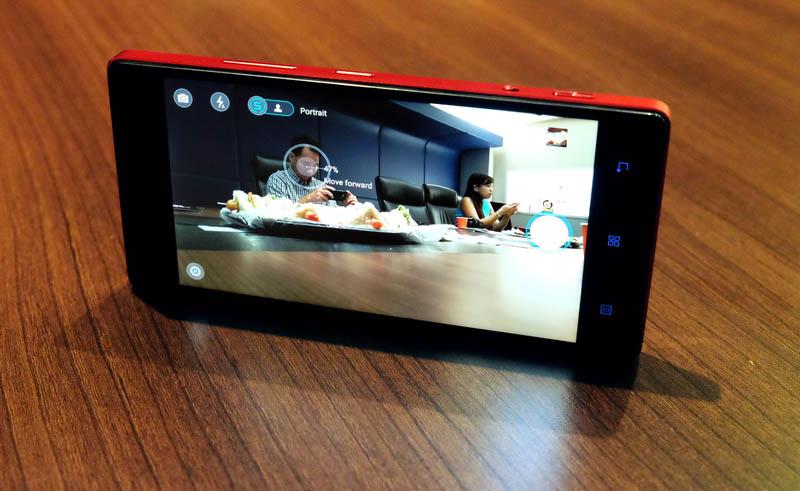 Hands-on: Lenovo Vibe Shot - HardwareZone com sg