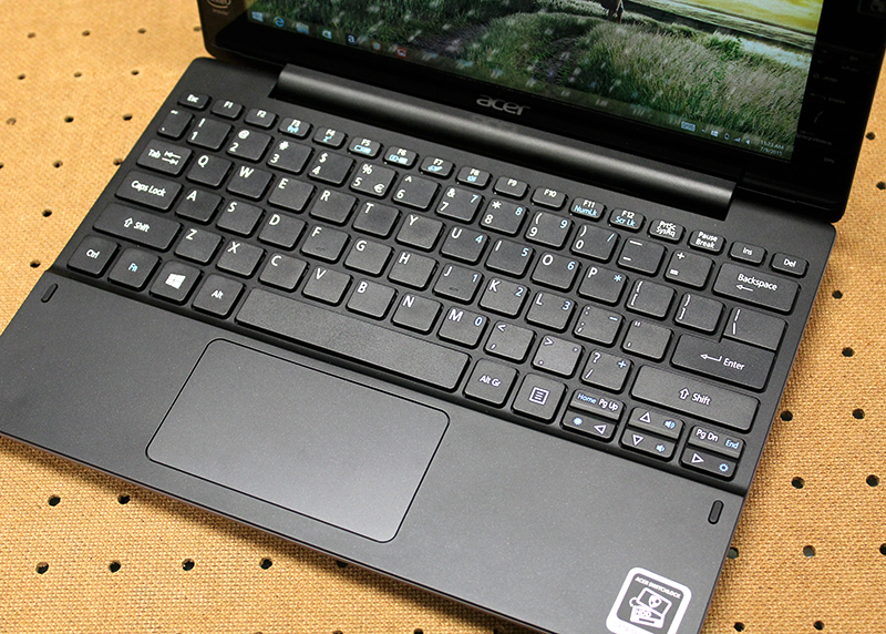 The keys are usable and the typing feel is good. The trackpad is also sizable for a device of its size.