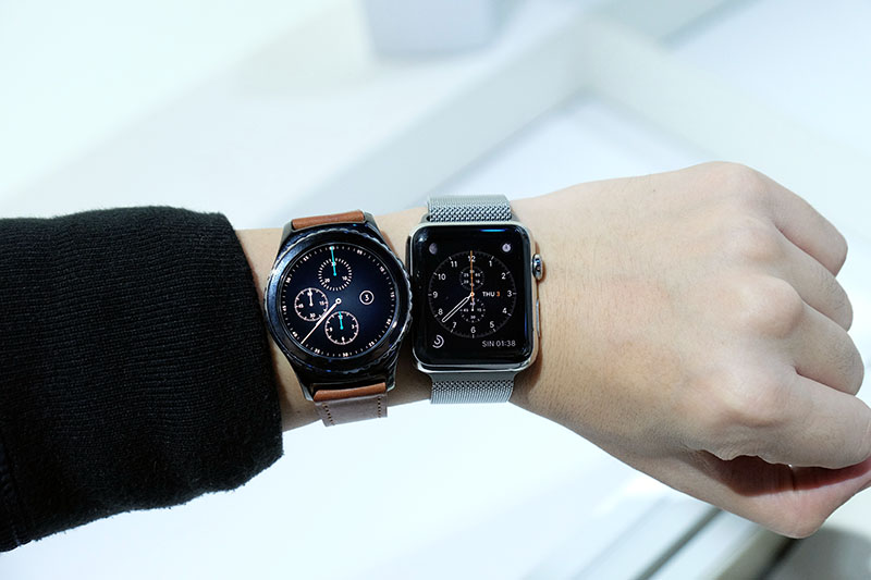 The Gear S2's huge bezel is much easier to rotate than the tiny crown on the Apple Watch.