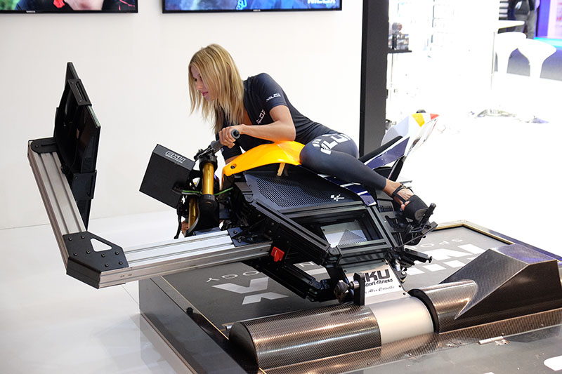 Action cam company Nilox had this interesting motorbike simulator at its booth that uses footage captured from Moto GP World Champion Marc Marquez's bike to let you experience a Moto GP race.