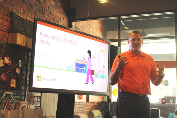 Howe explaining what's new in Office 2016.