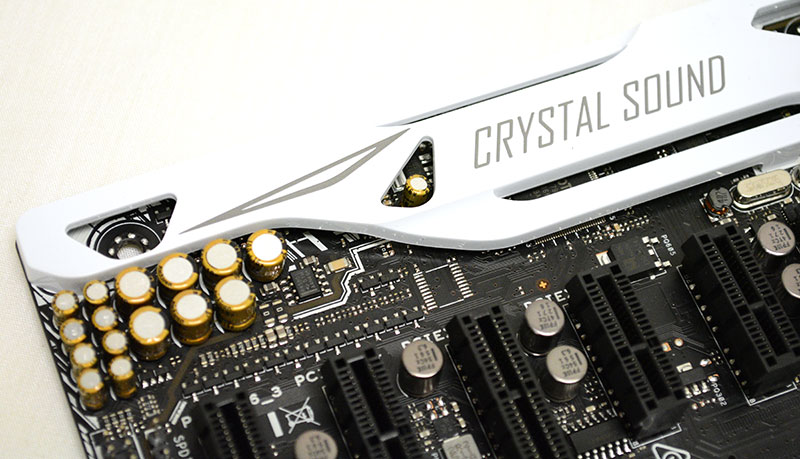 The onboard Crystal Sound 3 audio boasts a dedicated audio amplifier and high-quality Japanese-made audio capacitors.