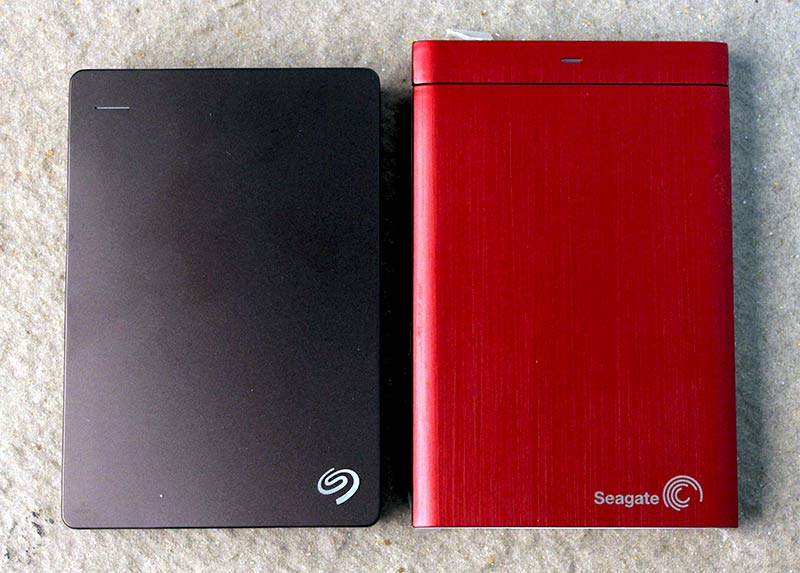 The Seagate Backup Plus 4TB next to the older Seagate Backup Plus with the Universal Storage Module. You can see that the new 4TB drive is actually pretty compact.