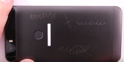 Watch how the Huawei Nexus 6P fared against scratching ...