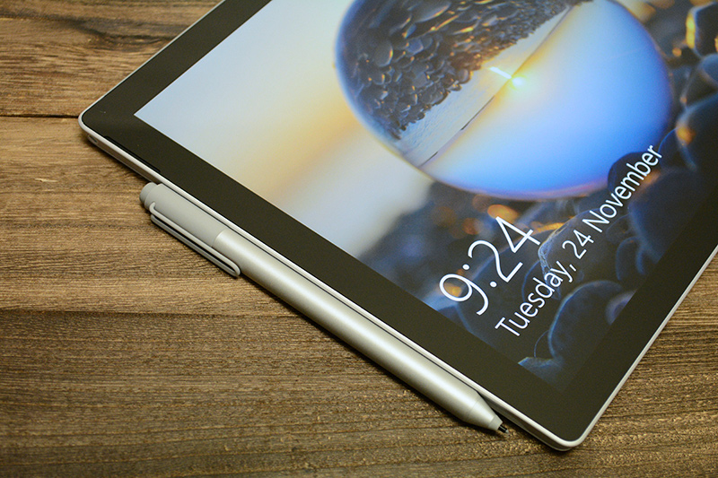 The new Surface Pen attaches to the tablet's left edge with just the right amount of force.