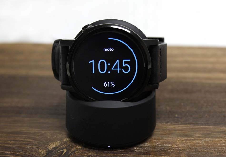 Motorola Moto 360 (2015) smartwatch: A bit better, but a lot