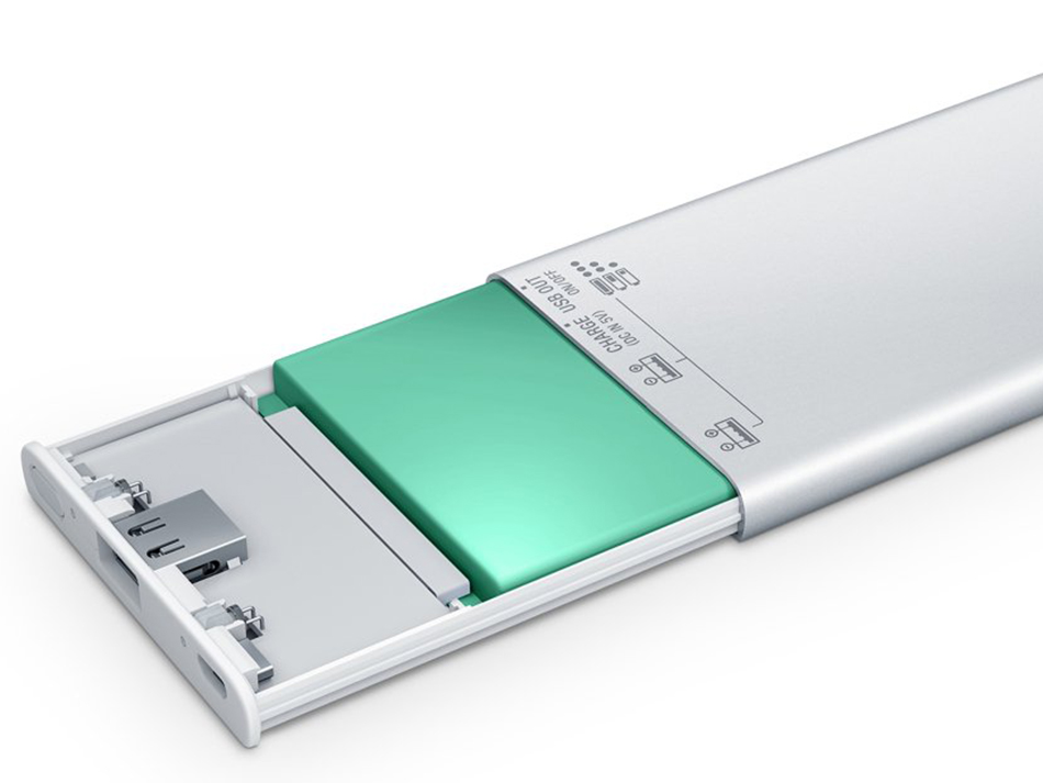 Sony power banks' lithium polymer batteries sport a Hybrid Gel tech that the company says enables the batteries to retain power longer, increase number of charging cycles, as well as have less swelling and no leakage. (Image source: Sony.)