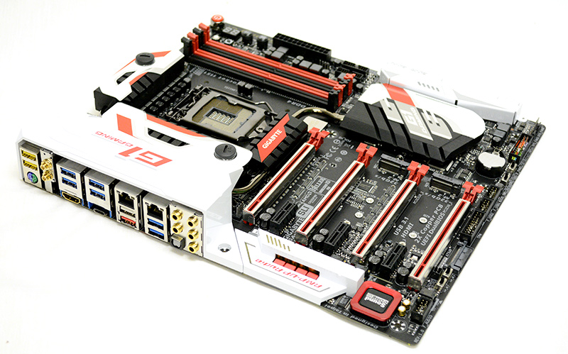 The Gigabyte Z170X Gaming G1 retails for a whopping S$939.