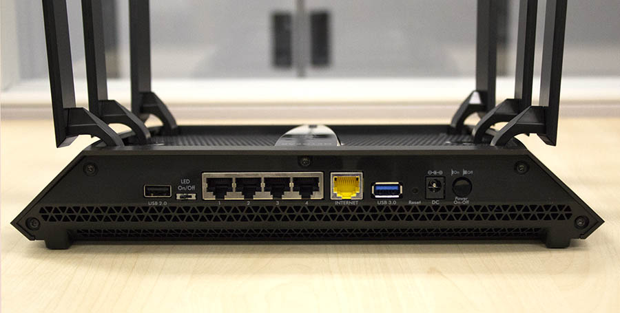 Users will find the usual single Gigabit Ethernet WAN port and four Gigabit Ethernet LAN ports behind the Nighthawk X6. There's also a USB 3.0 and another USB 2.0 port.