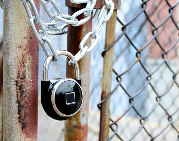 The TappLock uses your fingerprint to lock/unlock and can double as a battery bank.