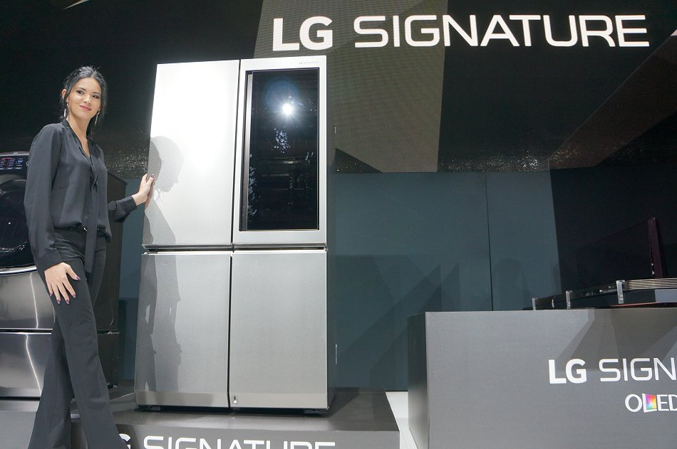 The Bold And Innovative Lg Signature Fridge Amp Lg Signature
