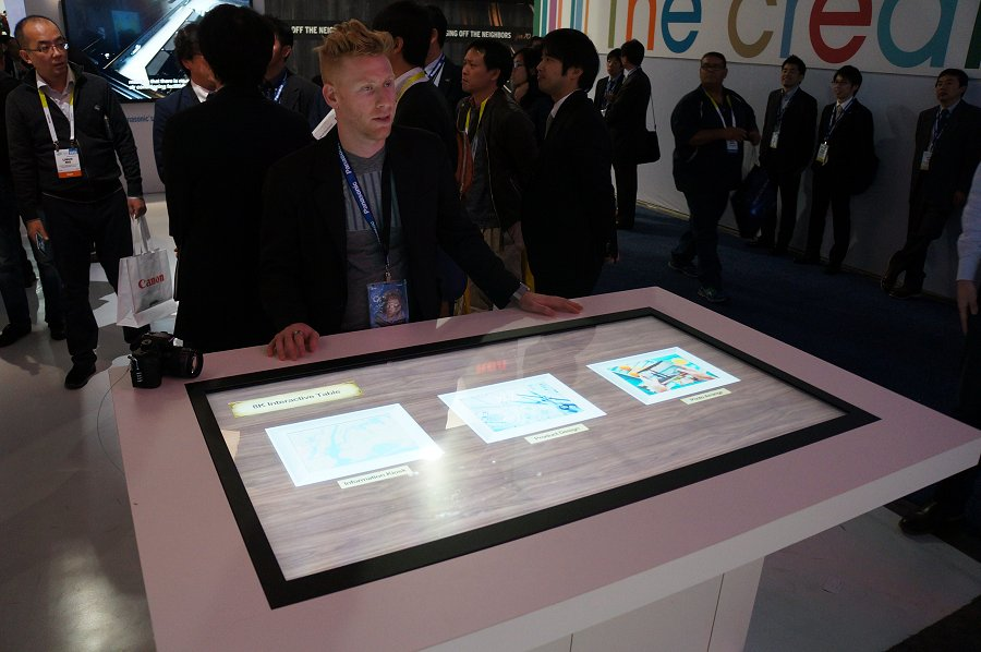 Panasonic went a step ahead to show off an ecosystem of 8K solutions. This 8K interactive table is one of them.
