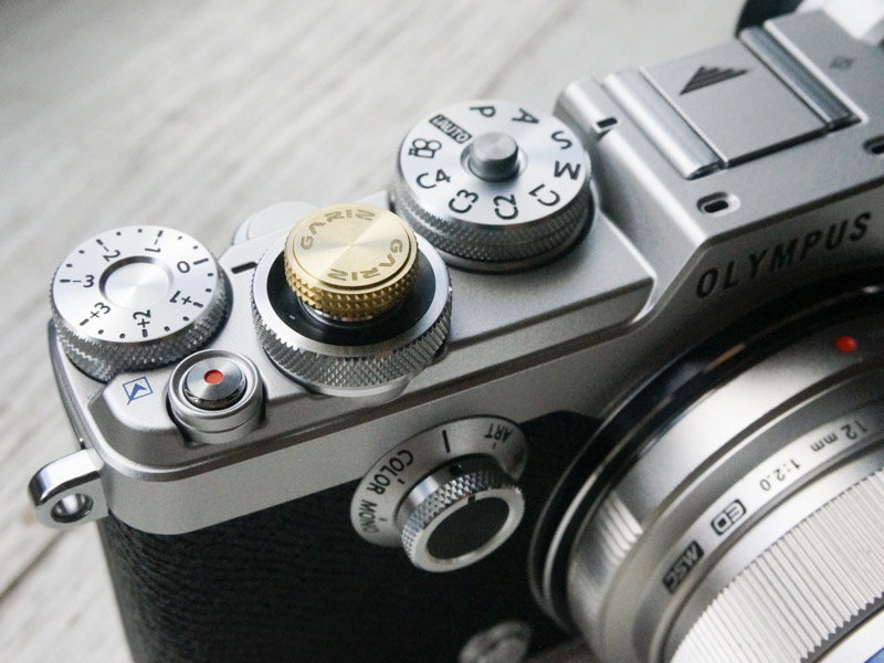 hands on the olympus pen f is a new vintage beauty that feels great