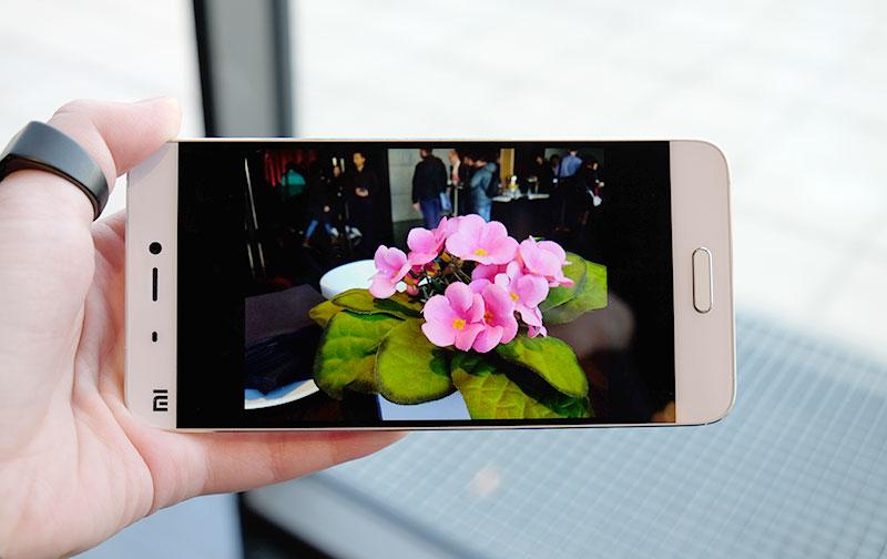 Xiaomi Mi 5 display