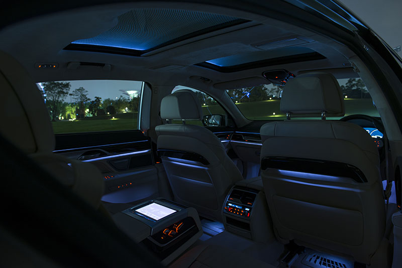 Once The Light Goes Down New Interior Lighting Features Make 7 Series A