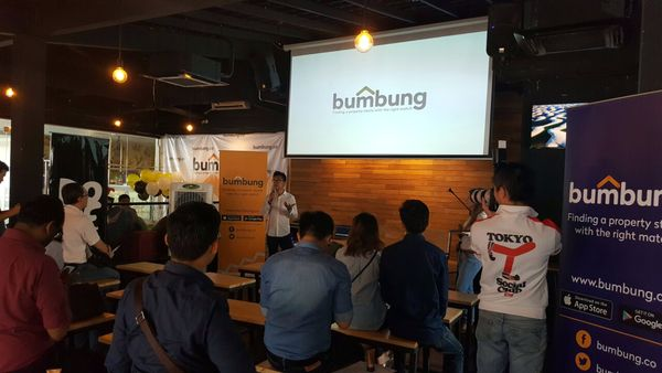 Gadiy Lim introducing the bumbung concept during the media launch.