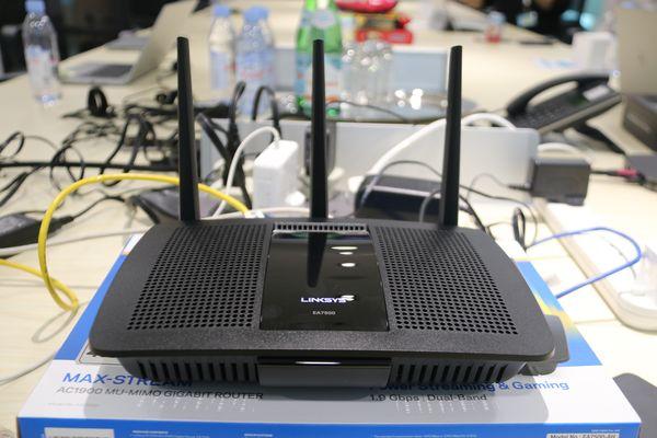 Here's the Linksys Max-Stream AC1900 MU-MIMO Gigabit Wi-Fi Router (EA7500).