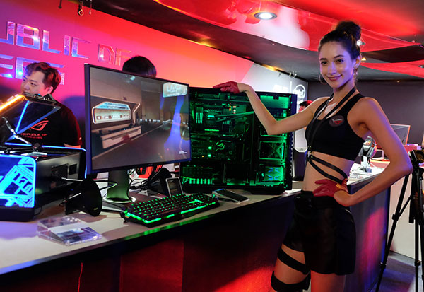 ASUS unveils the ROG Rampage V Edition 10, its latest flagship Intel