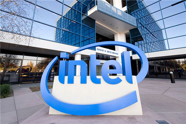Intel is finally cutting its losses in the mobile space.