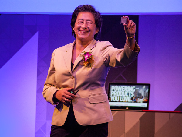 """AMD President and CEO, Dr. Lisa Su, with the first public demonstration of the new """"Zen"""" core."""