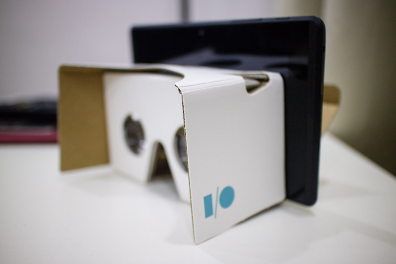 It is in practice possible. Just not Daydream compliant. Plus, the author does not have a 7-inch Google Cardboard