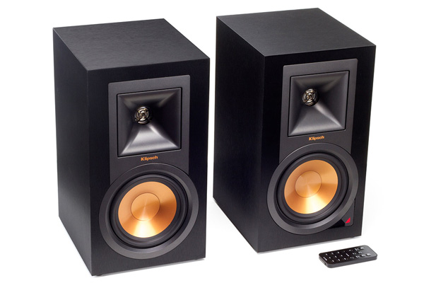 The Klipsch R-15PM's are a stylish pair of bookshelf speakers.
