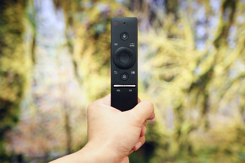 When you plug in a set-top box, game console, or Blu-ray player over HDMI, there's a good chance the TV will automatically recognize the device and 'teach' the One Remote how to control it.