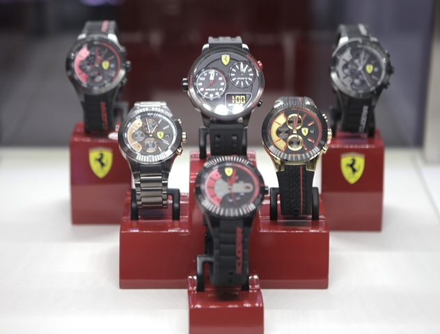 image jewellers accents strap heritage mens gaye watches scuderia sports s ferrari with chronograph yellow watch leather francis men black