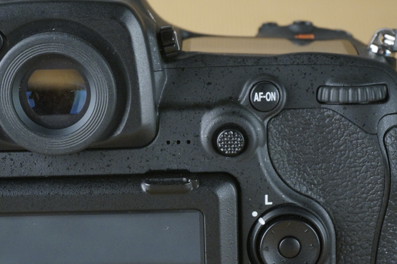 The addition of an AF-selector lever makes it easier to adjust AF-points while the camera is up to your face.