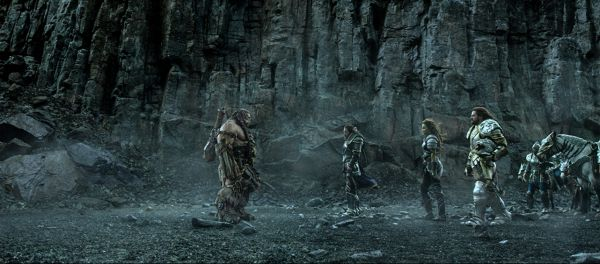 Warcraft: The Beginning is a high fantasy film filled with grandeur; sadly it has a habit of glossing over them. <br> Image source: warcraftmovie.com