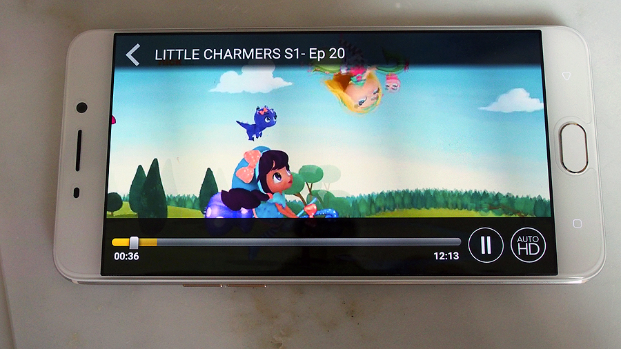 First looks: Cast, Singtel's new on-demand video streaming
