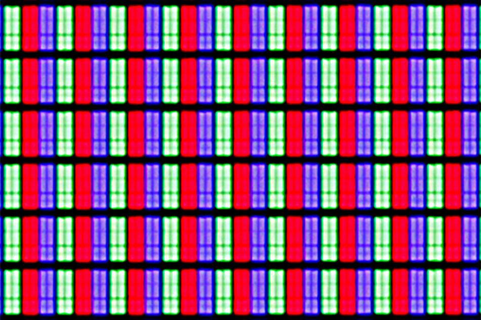 The KS9000 and the rest of its SUHD siblings' VA-type 4K panel employs an RGB pixel matrix.