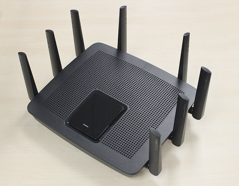 The Linksys EA9500 router is huge and full of antennas.