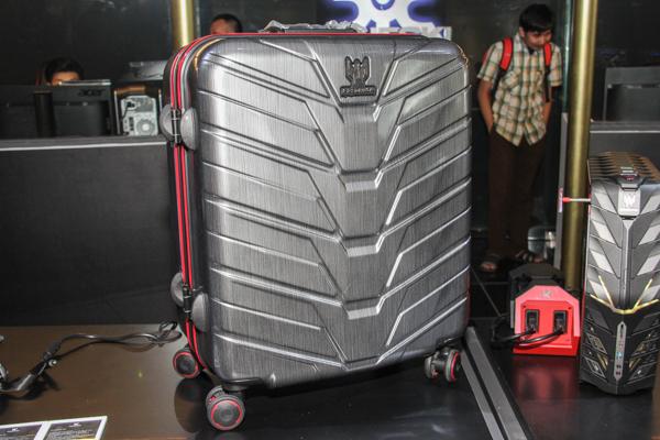 The Acer G1 Desktop Transport Suitcase.