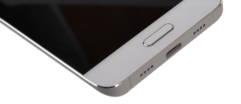 The fingerprint sensor is integrated into the Home button.