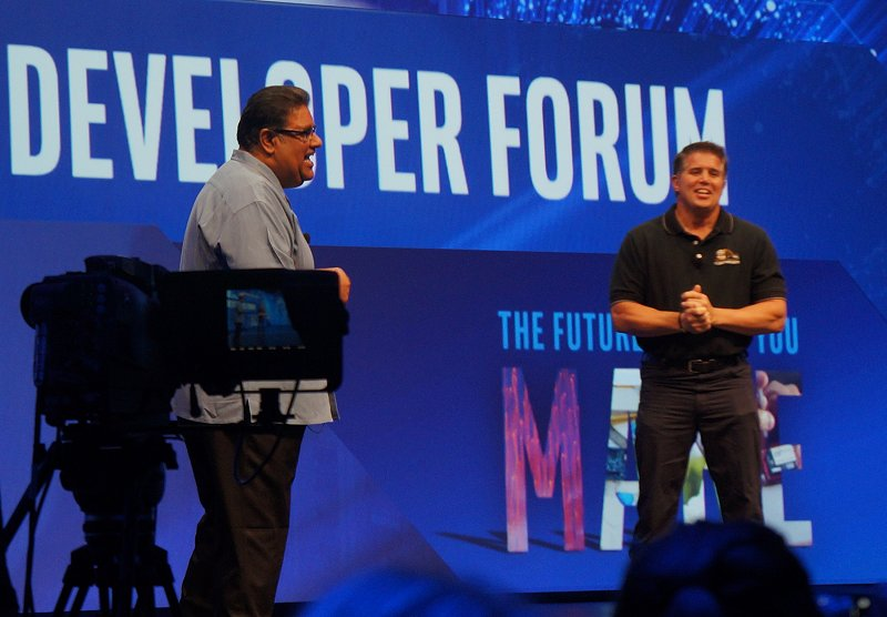 Distributed compute and analytics is very crucial, especially in critical situations such as in firefighting and other life threatening/saving situations. And so Intel invited a real fire captain on stage to share his insights on the importance of accurate data analysis in an actual firefight and how their trial with advanced analytics has helped them.