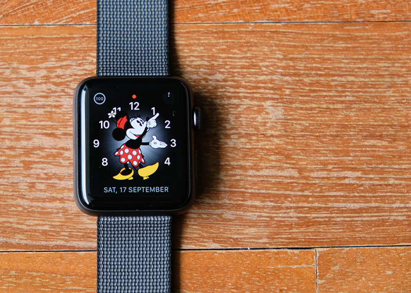 The new Apple Watch Series 2 looks just like the original Apple Watch from last year.
