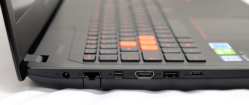 ASUS ROG Strix GL502 gaming notebook preview: Orange is the new