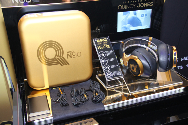 The star of the event: The AKG N90Q, made in collaboration with Quincy Jones.