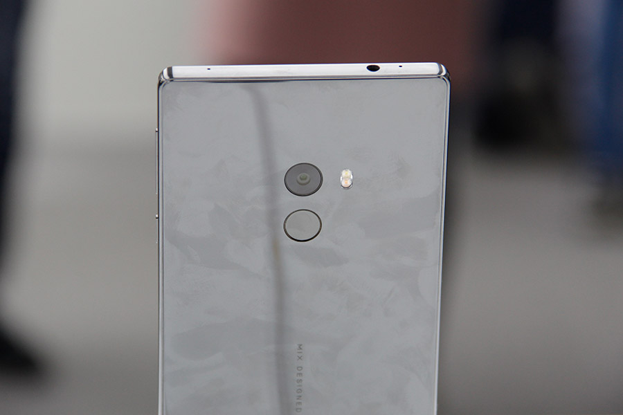 buy popular 98565 287d5 Hands-on with the Mi MIX, Xiaomi's all-screen, all-ceramic flagship ...