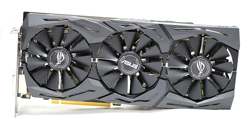 The ASUS ROG Strix GeForce GTX 1060 OC features a triple-fan DirectCU III with five direct contact heatpipes.