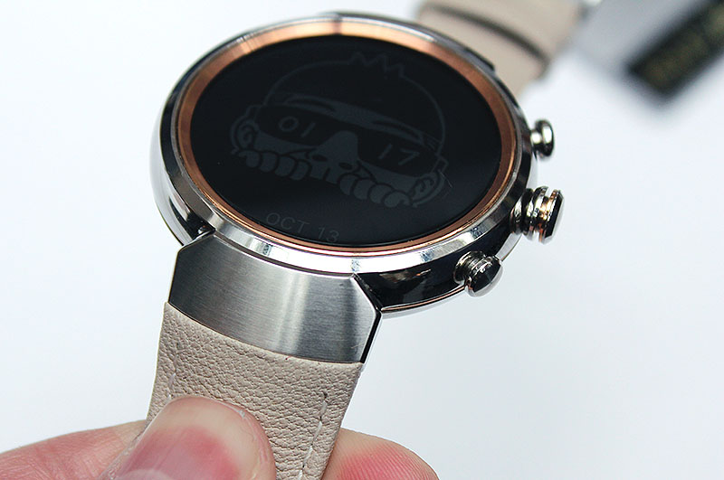 The ZenWatch 3's integrated lug design makes the watch stand out because it is seldom seen in watches.