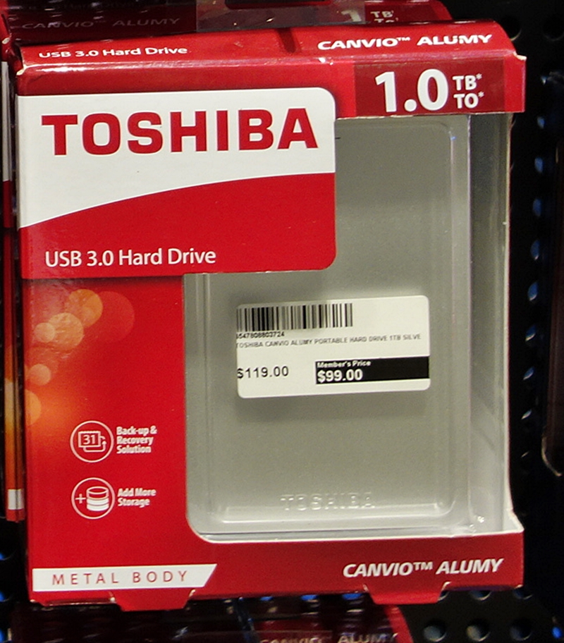 The Toshiba Canvio Alumy portable drive comes in five differents colors; red, blue, white and gold. The portable 1TB HDD retails at $89 (UP: $119), while the 2TB versions is priced at $149 (UP: $179)and it comes with a free carrying pouch to protect your drive from any scratches.