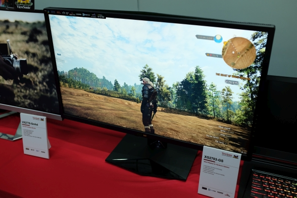 Unlike most gaming monitors that go for black with a red tint, ViewSonic has decided to go for green instead because, you know, NVIDIA.