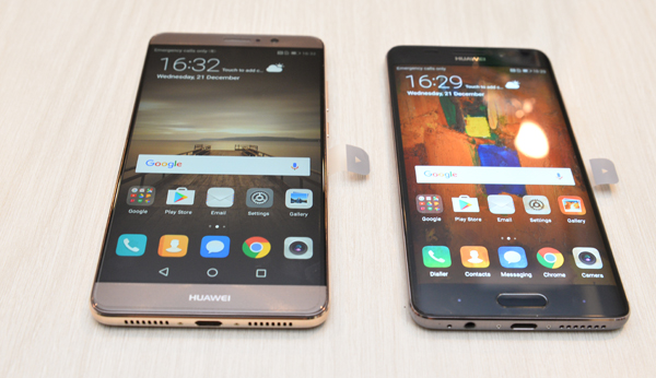 Here's the Mate 9 Pro (right), next to the Mate 9.