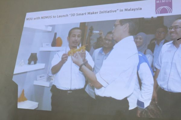 Autodesk has also signed a MoU with MIMOS to create a 3D Smart Maker Initiative for the advancement in 3D Design and Production in Malaysia.