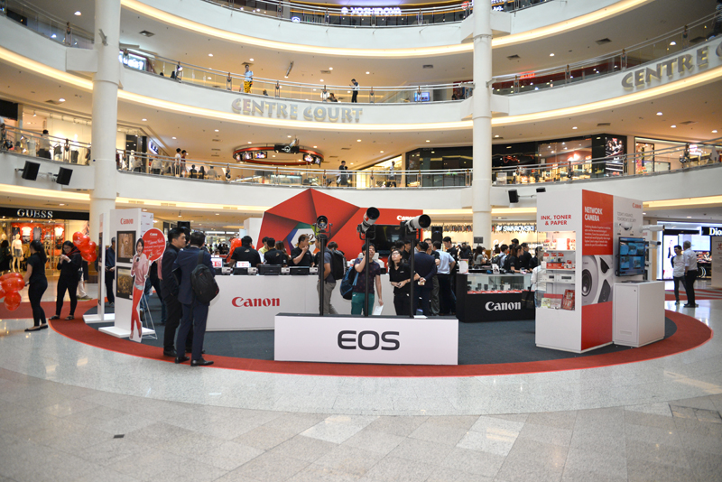 The product showcase is being held at the center court of Mid Valley Megamall and will go on for the entire week.