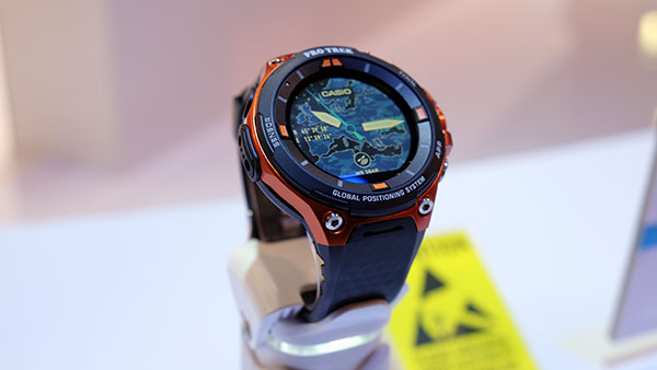 The WSD-F20 succeeds the WSD-F10 as Casio's watch for outdoorsmen.